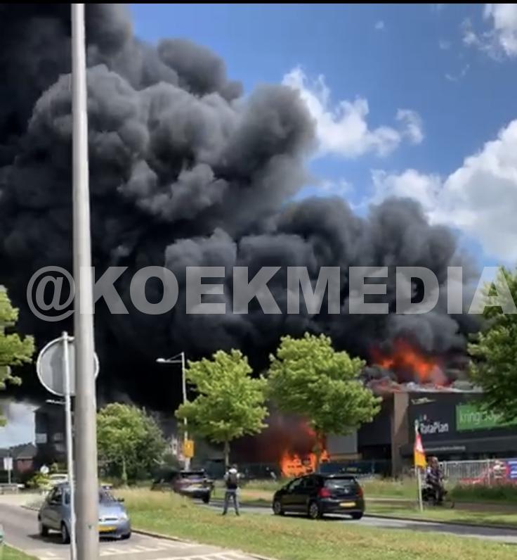 Zeer grote brand Berkel en Rodenrijs.