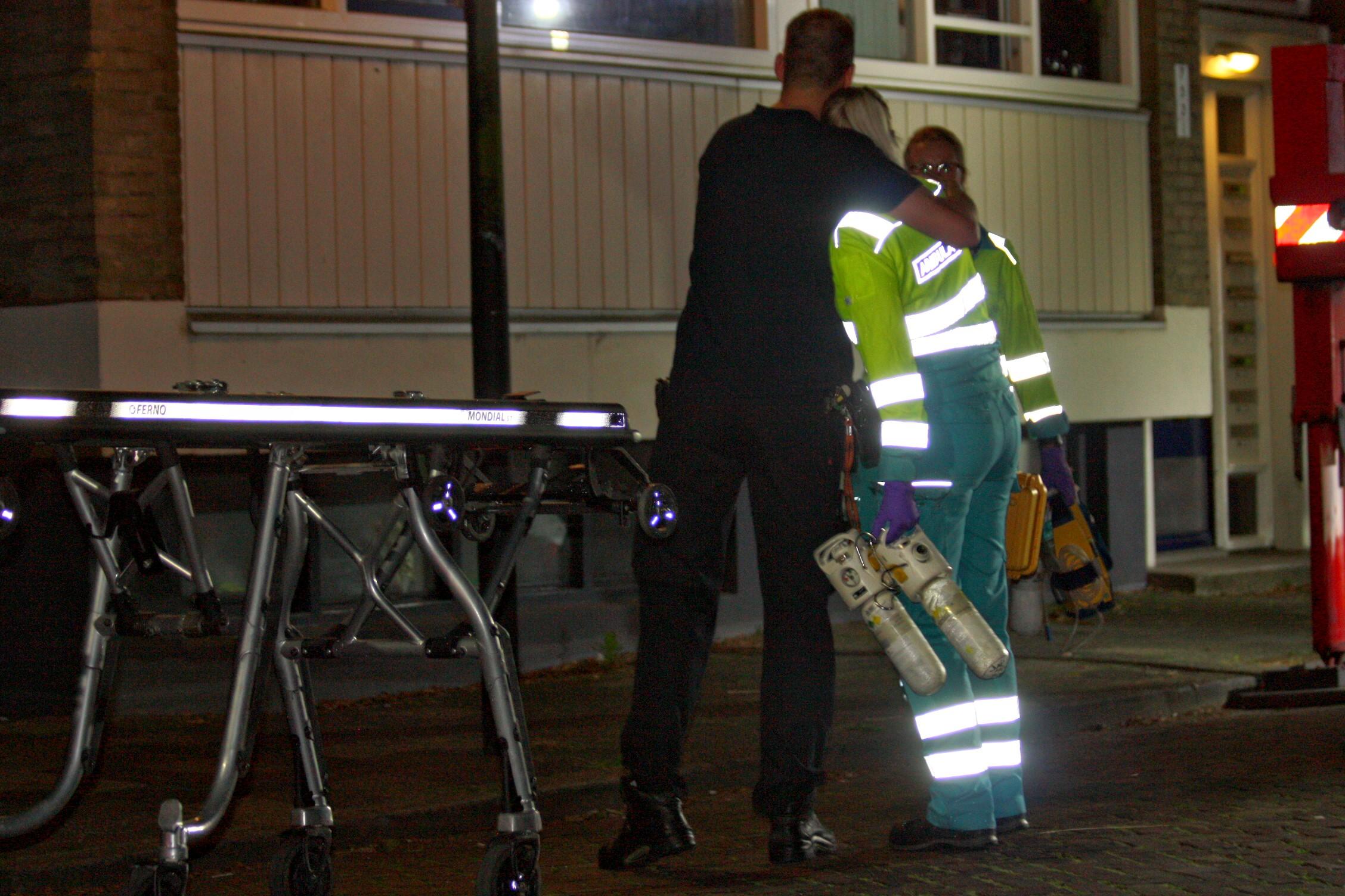 Vrouw (25) overlijdt na steekpartij Van 't Hoffstraat Vlaardingen.