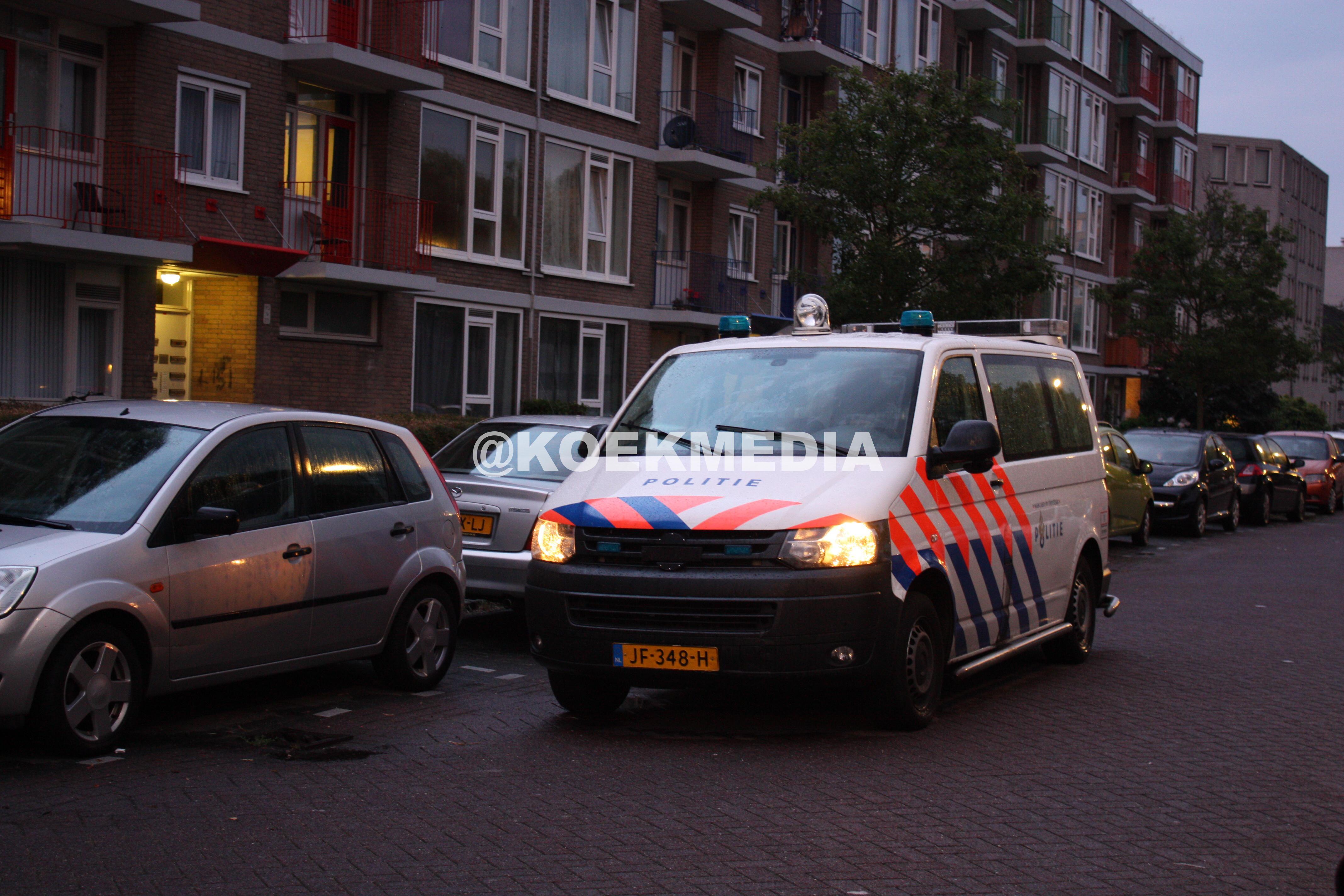 Schietpartij Schiedam: 1 vrouw gewond aan hand en gezicht.