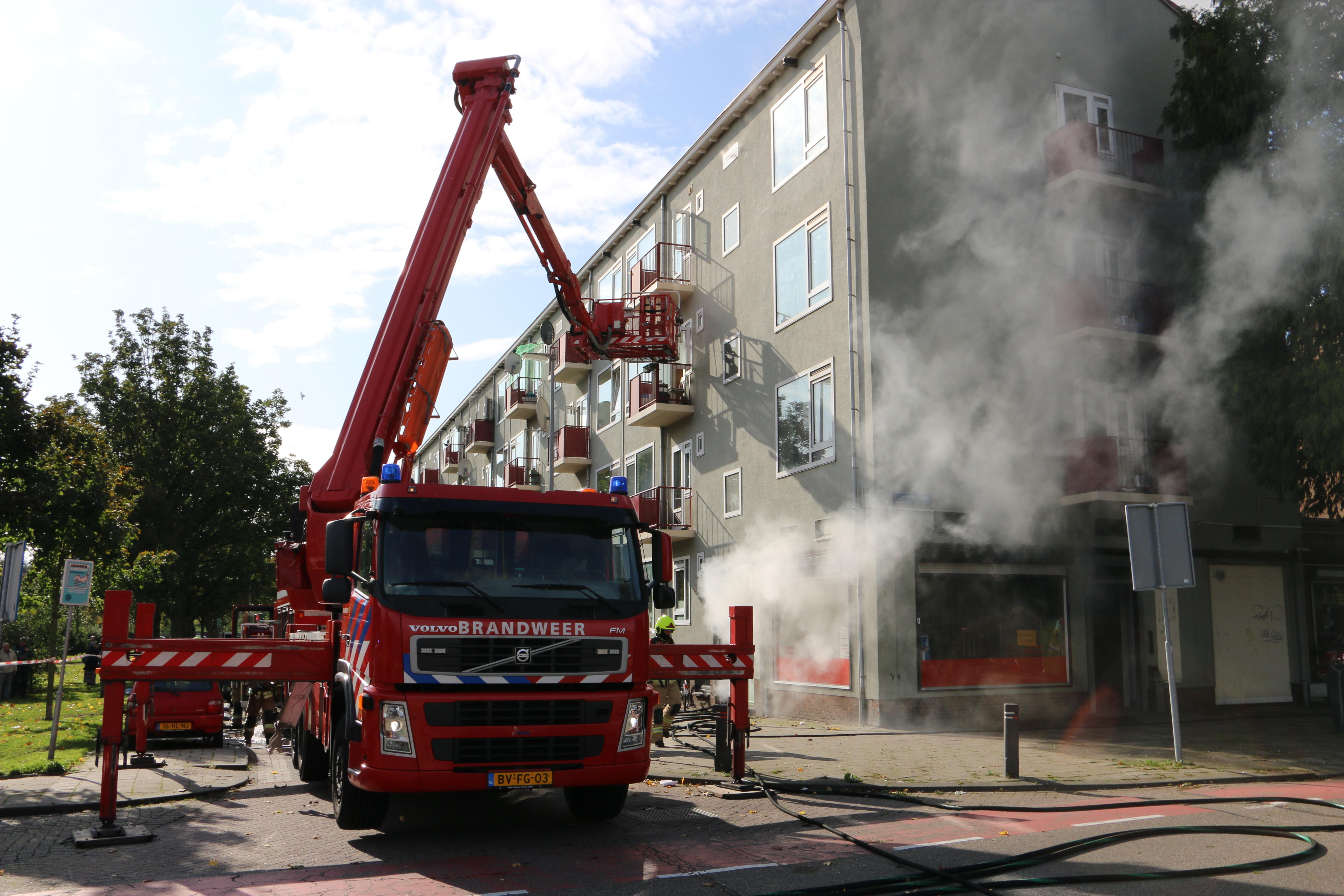 Grote brand aan de Lorentzlaan in Schiedam