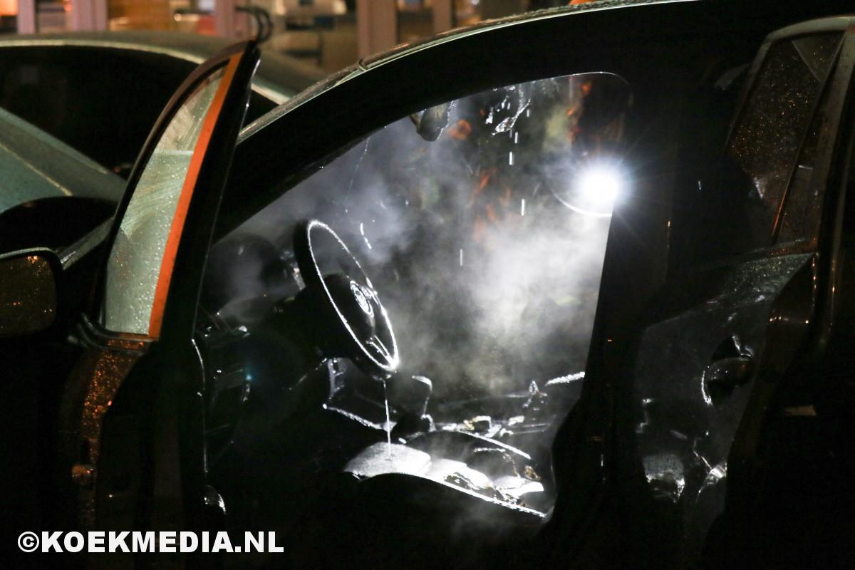 Gestolen auto uitgebrand.