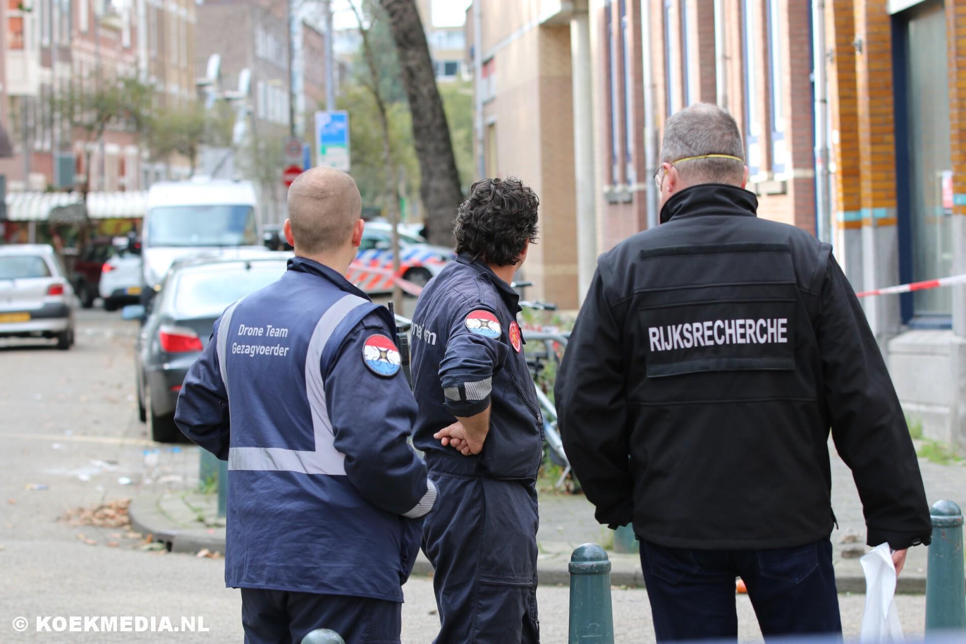Politieonderzoek na valpartij verwarde man van balkon