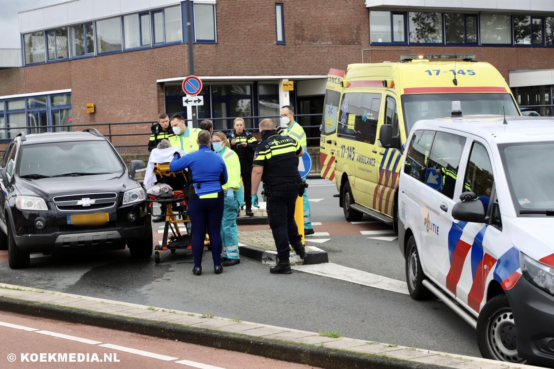 Fietser gewond na aanrijding Industrieweg Maassluis