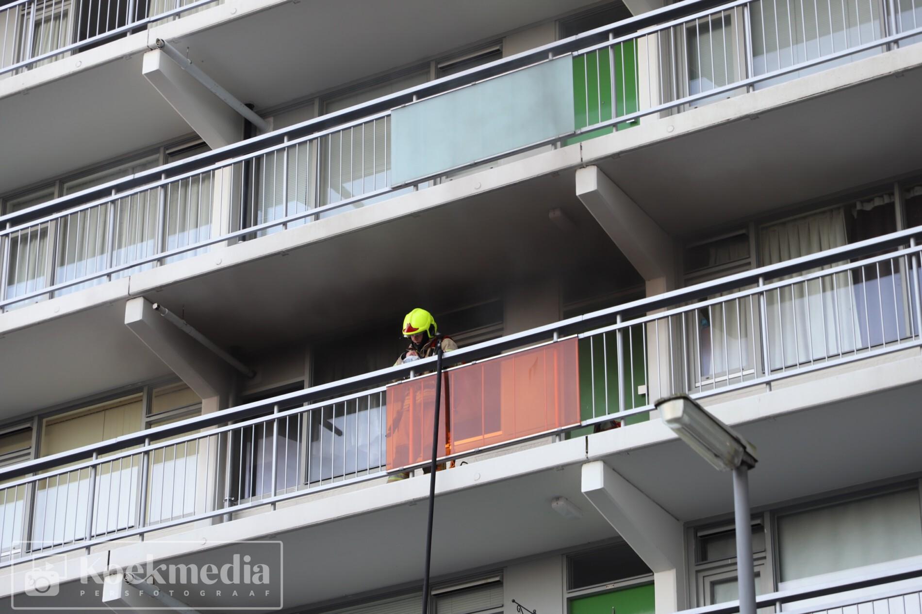 Keukenbrand in flatwoning aan het Sparrendal Maassluis