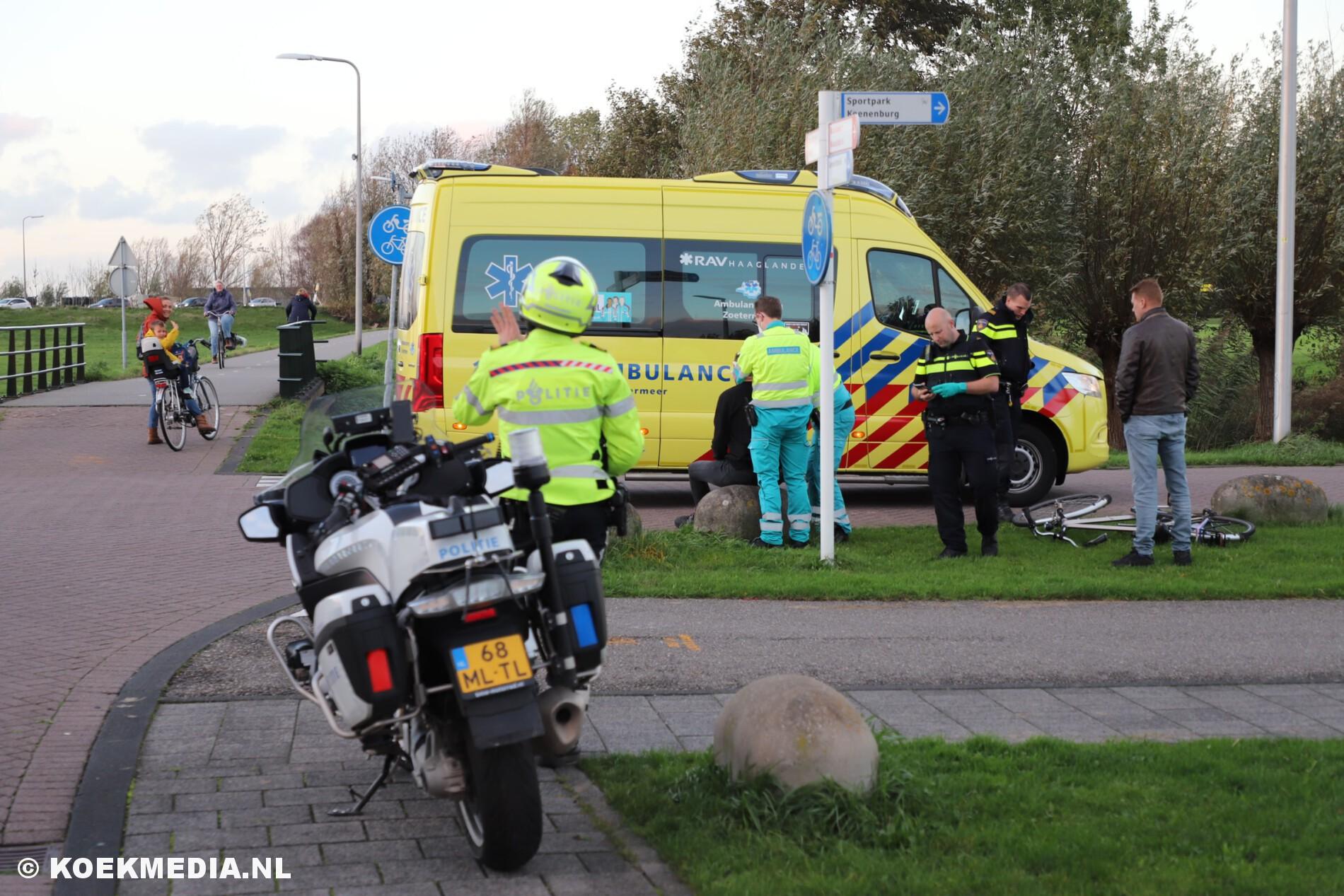 Fietser raakt gewond na aanrijding met auto