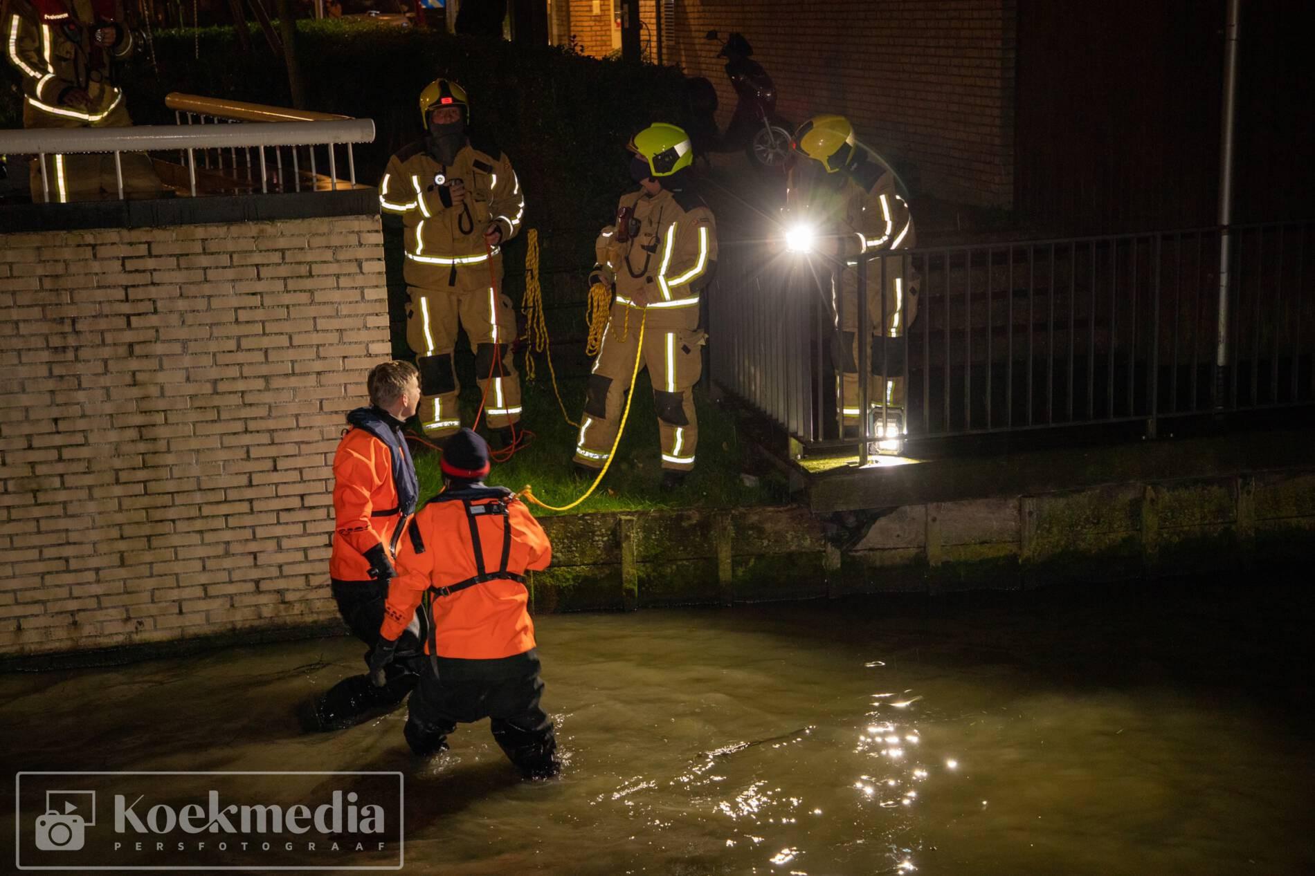 Achtergelaten kinderfiets zorgt voor zoekslag brandweer in sloot aan de Goudappel Den Hoorn
