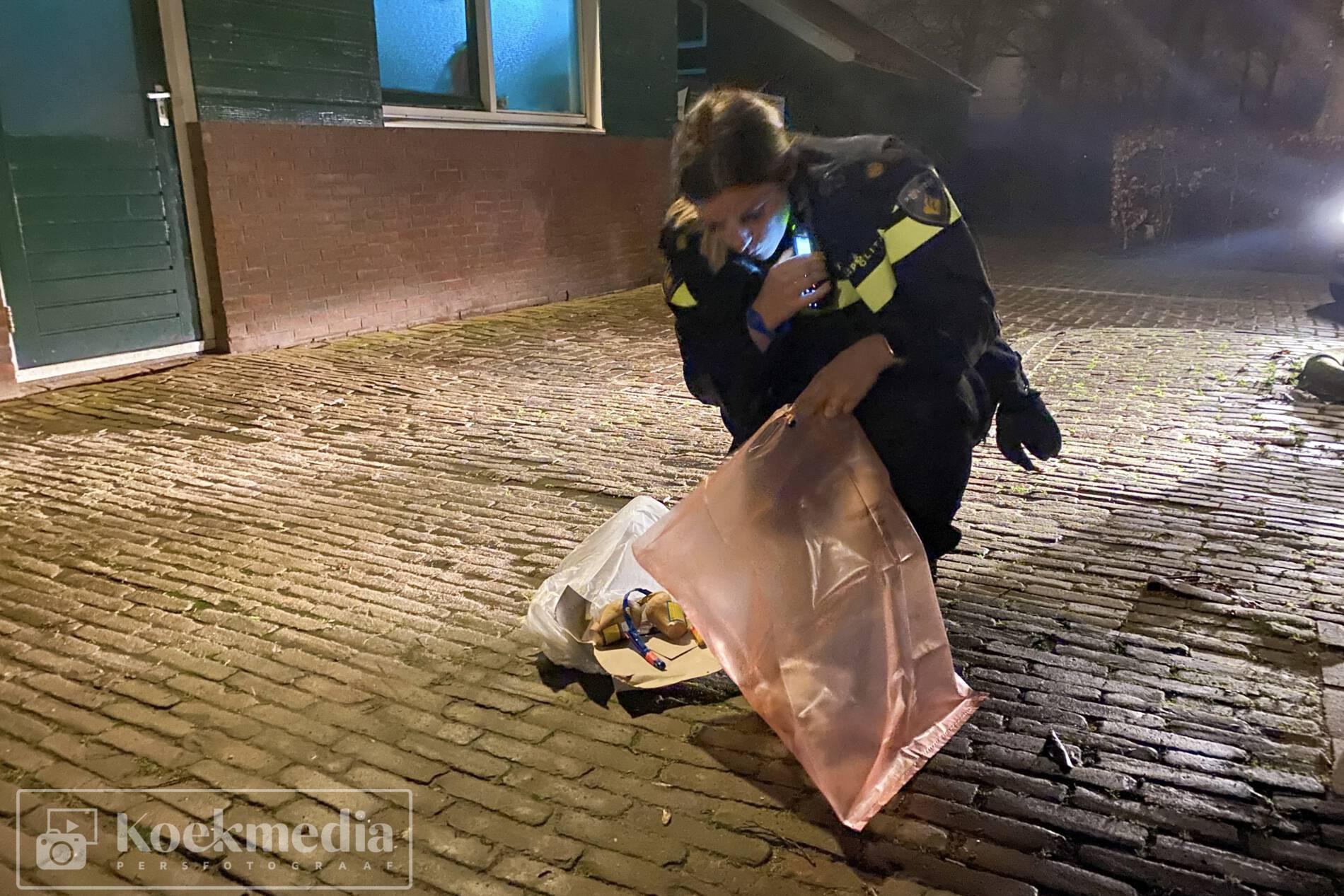 Politie treft zwaar illegaal vuurwerk (shells) aan in het Hertenkamp in Maasland