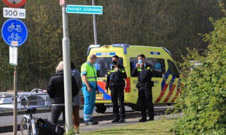 Fietser raakt gewond bij oversteken KONINGIN JulianEweg Maasland