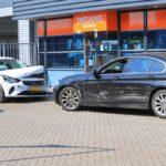 Gewonde na ongeval tussen 2 auto's Maasweg Maassluis