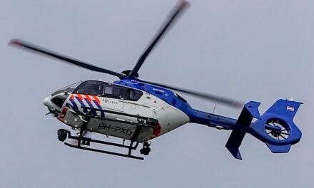 Zoektocht met politiehelikopter langs de Wipperskade