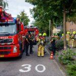 Brandweer blust brand in woning Korte Kruisweg-Maasdijk