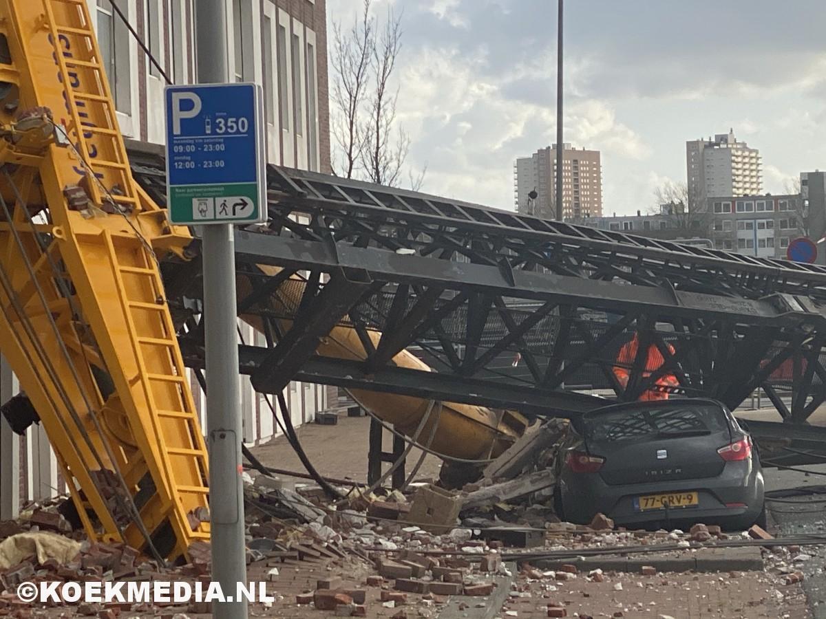 Heimachine valt op meerdere woningen in Katendrecht.